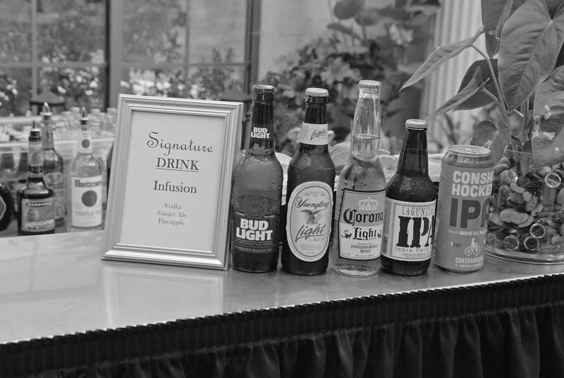 Cocktail Hour_017 BW.jpg