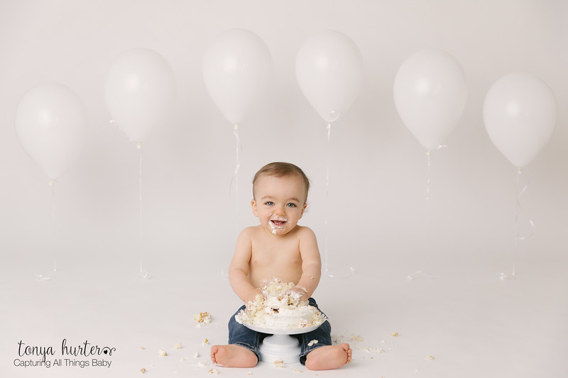 Hudson-1stBirthday-Low-Resolution370A4076-Edit.jpg