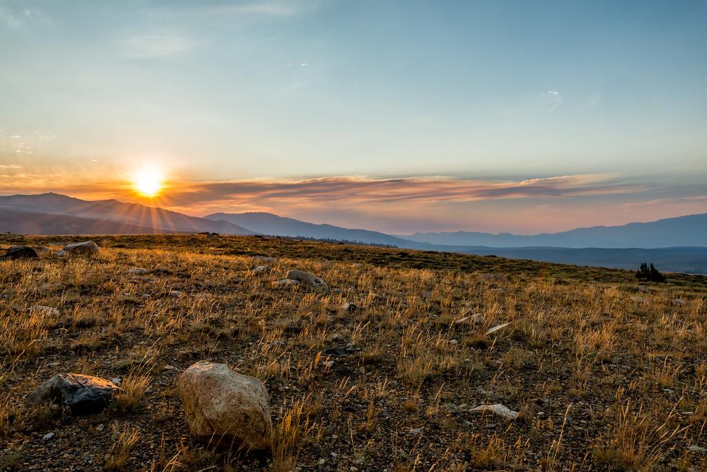 setting sun on the dunderberg plateau