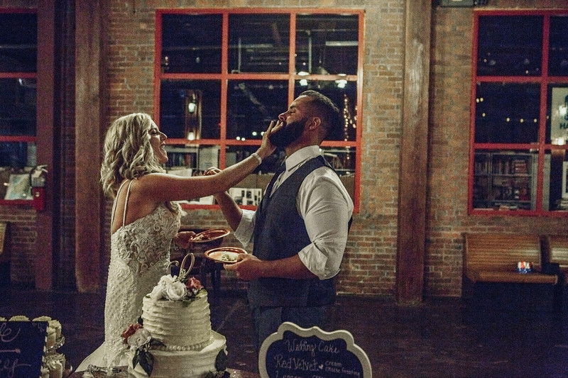 Lacy and Craig-9558.jpg