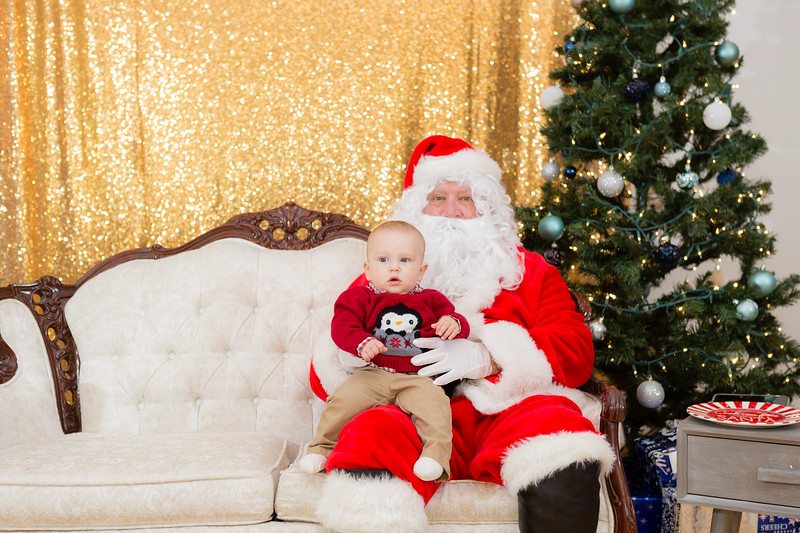 FADS Picture with Santa-150.jpg