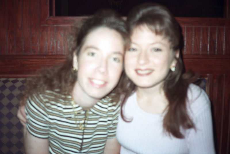 1997 04 27 - Melting Pot w_Michele and Lisa 04.jpg