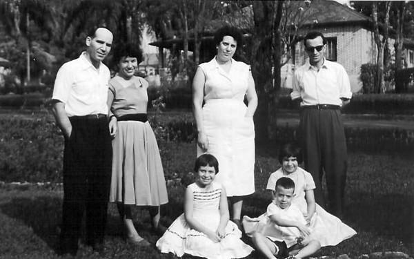 Familia Rocha e Videiras