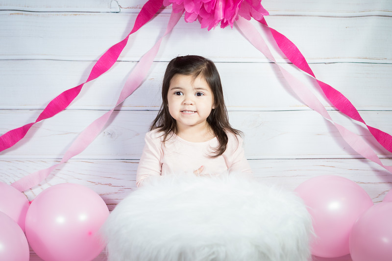 Leila cake smash birthday -5.jpg