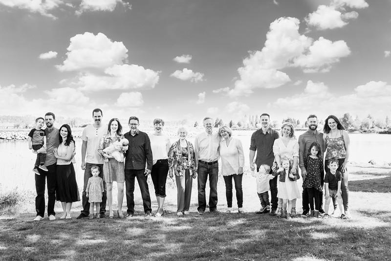 megan-family2018-12.jpg
