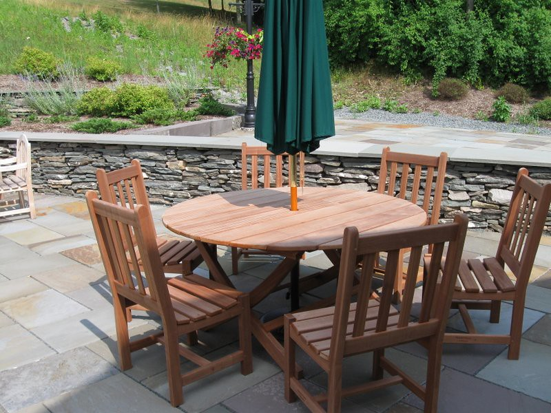 01 - Sapele wood outdoor furniture.jpg