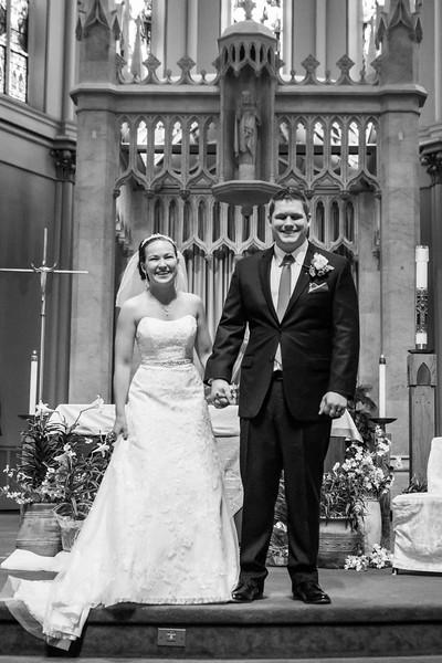Jennie & EJ Wedding_00290-BW.jpg
