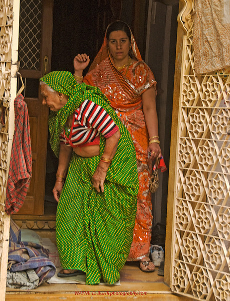 INDIA2010-0208A-539A.jpg