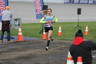 D2 Girls' Finish Gallery 2 - 2018 MHSAA LP XC Finals