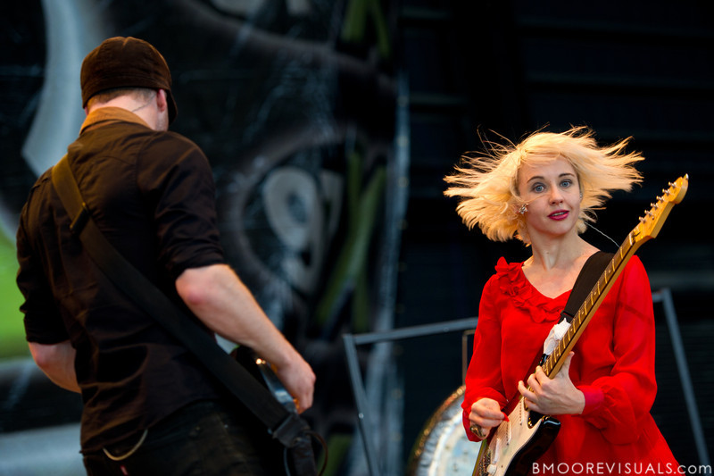 Rhydian Dafydd and Ritzy Bryan of The Joy Formidable perform on December 3, 2011 during 97X Next Big Thing at 1-800-ASK-GARY Amphitheatre in Tampa, Florida