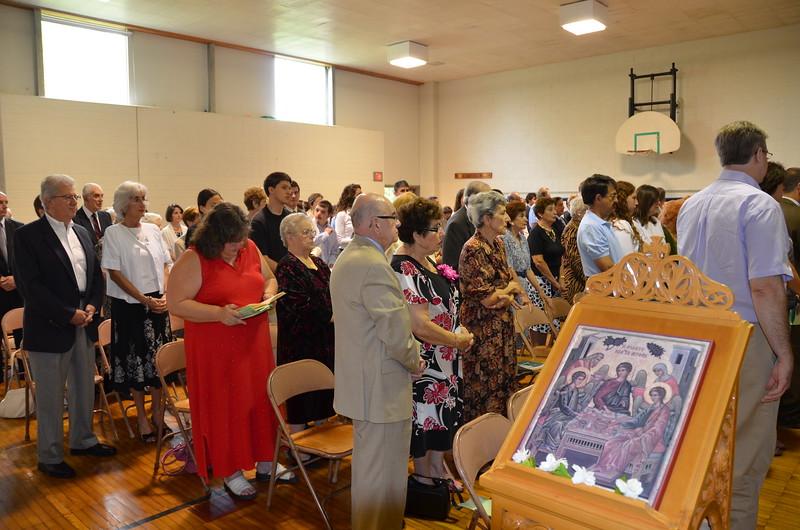 2011-06-26-First-Liturgy-at-Browns-Lane_001.JPG