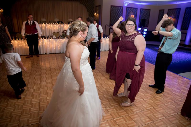 Amanda & Tyler Wedding 1084.jpg