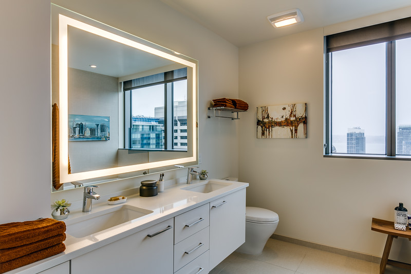 Bathroom 2-IMG_4562_enfB.jpg