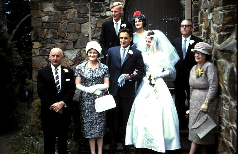 1960-11-5 (6) Mr & Mrs Morgan, John, Gill, Graham, Denise, Mr & Mrs Astfalck.JPG