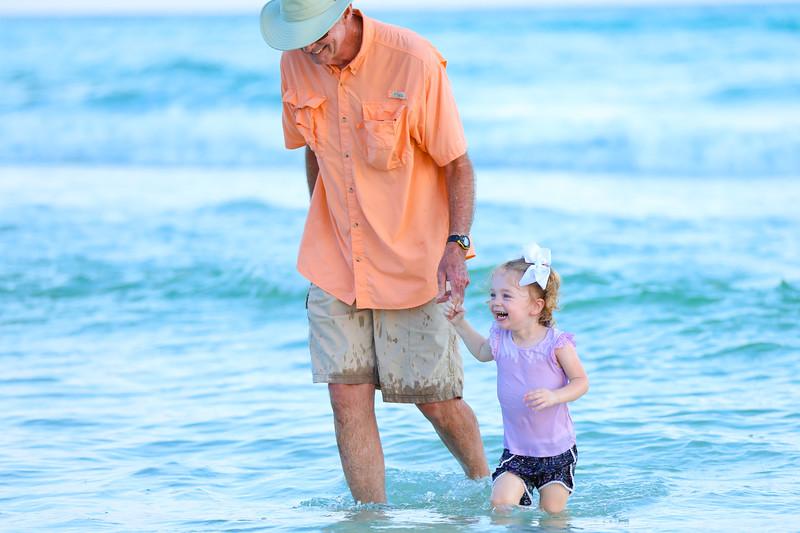 Harper at the beach-30.jpg