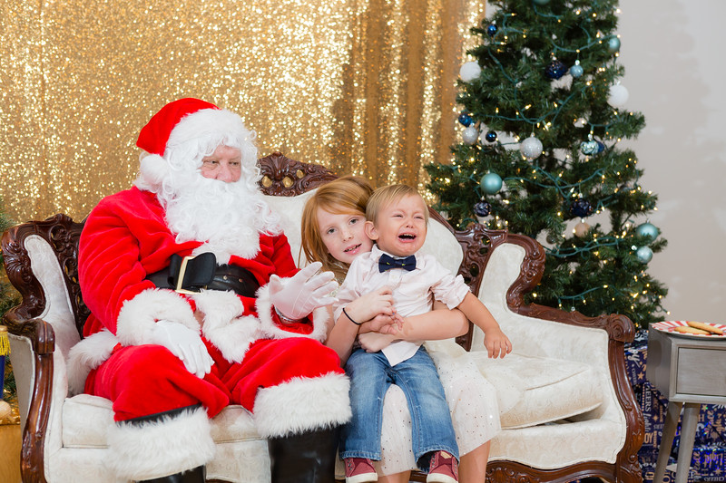 FADS Picture with Santa-373.jpg