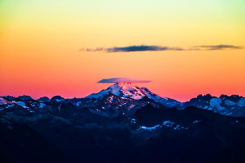 glacier-peak-mountain-cloud-sky-sunset.jpg