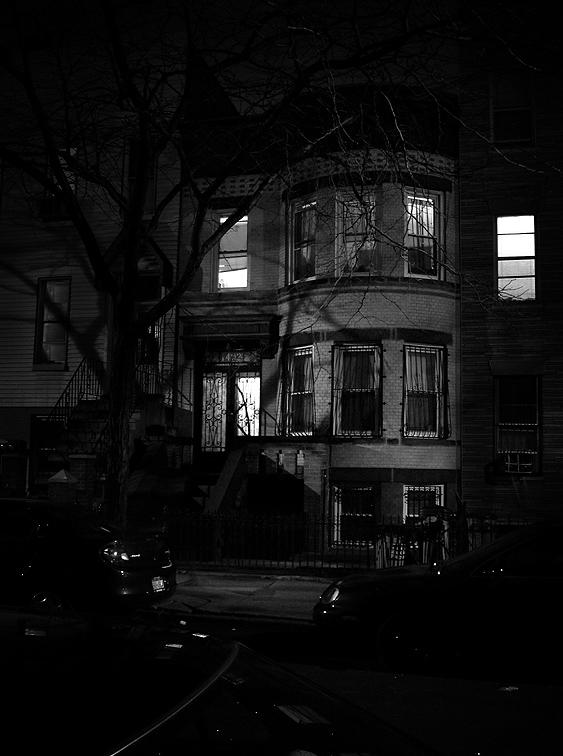 Interesting bay windows. 2005.