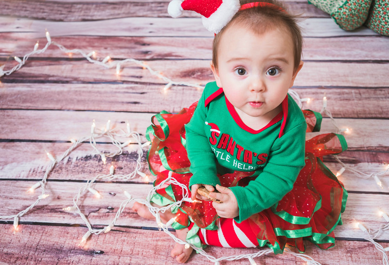Aubreys1stchristmas-11.jpg