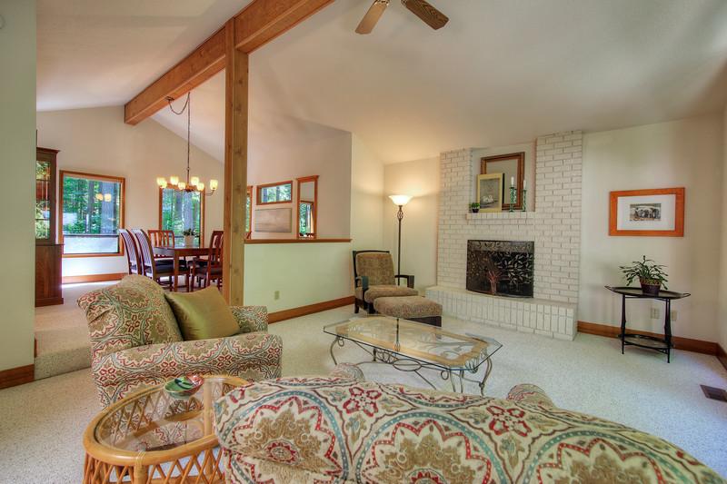 Living room into dining area.jpg