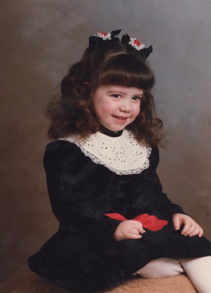 8-1989-jenna-christmas.jpg