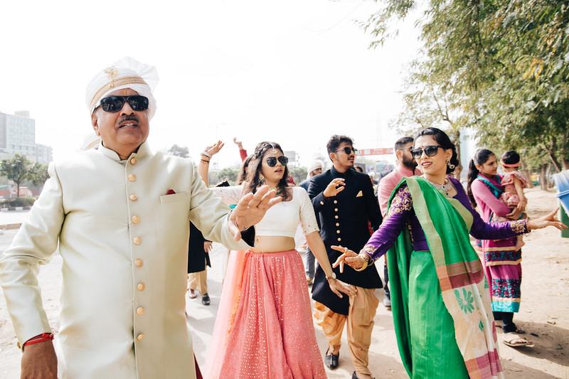Poojan + Aneri - Wedding Day EOSR Card 1-0798.jpg