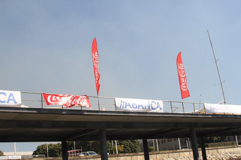 mpಖನ Coca-Cola C d | TADAINC )