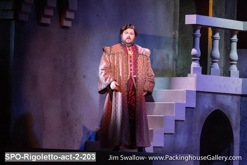 SPO-Rigoletto-act-2-203.jpg