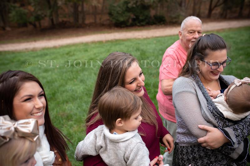 2019 November Ellis Family-166-186.jpg