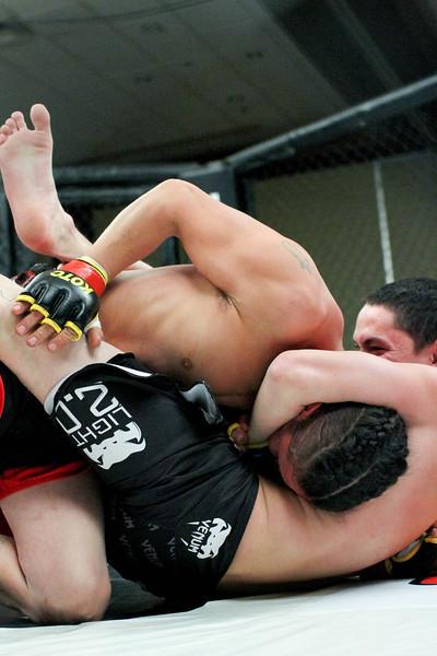 Joshua Thompson vs Luke Thompson