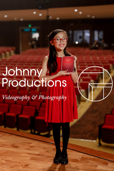 0052_day 1_award_red show 2019_johnnyproductions.jpg