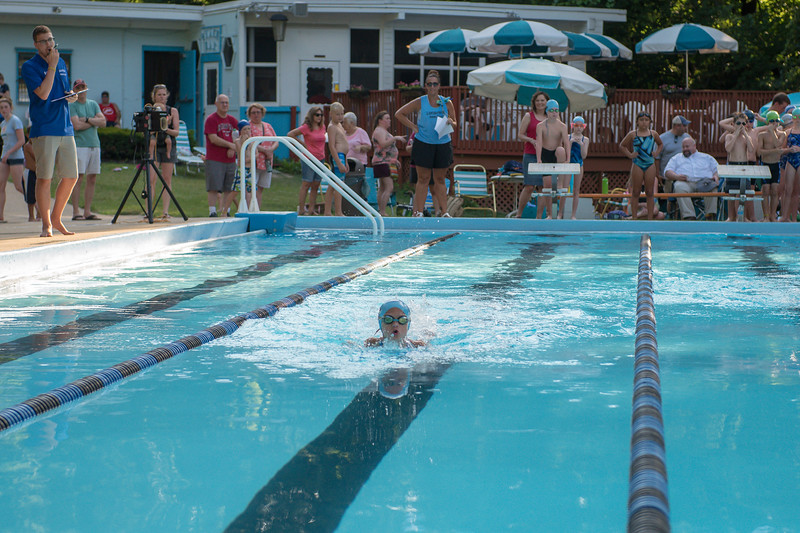lcs_swimming_kevkramerphoto-011.jpg