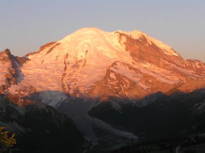 Dege at sunrise 2007