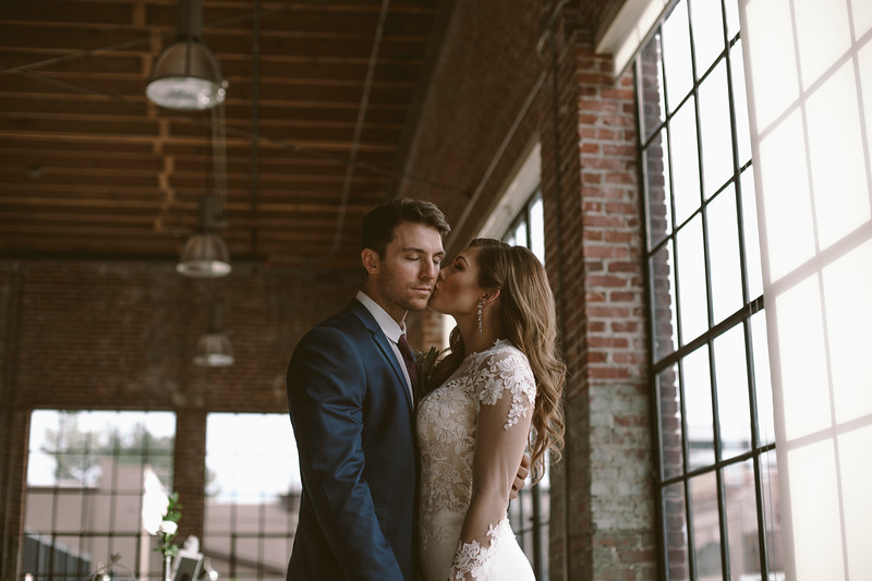 Kate&Josh_ZACH.WATHEN.PHOTOGRAPHER-717.jpg