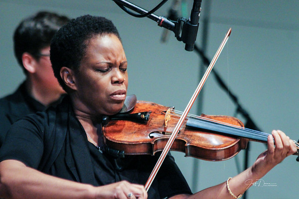 Oakland Univ, Jazz Band w/ Regina Carter and Thornetta Davis