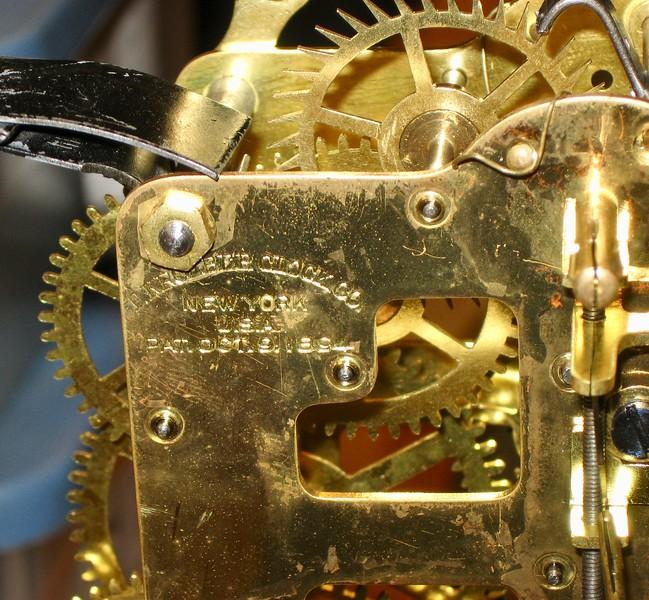 F. KROEBER CLOCK CO.; NEW YORK, U.S.A.; OCT OCT. 9, 1894