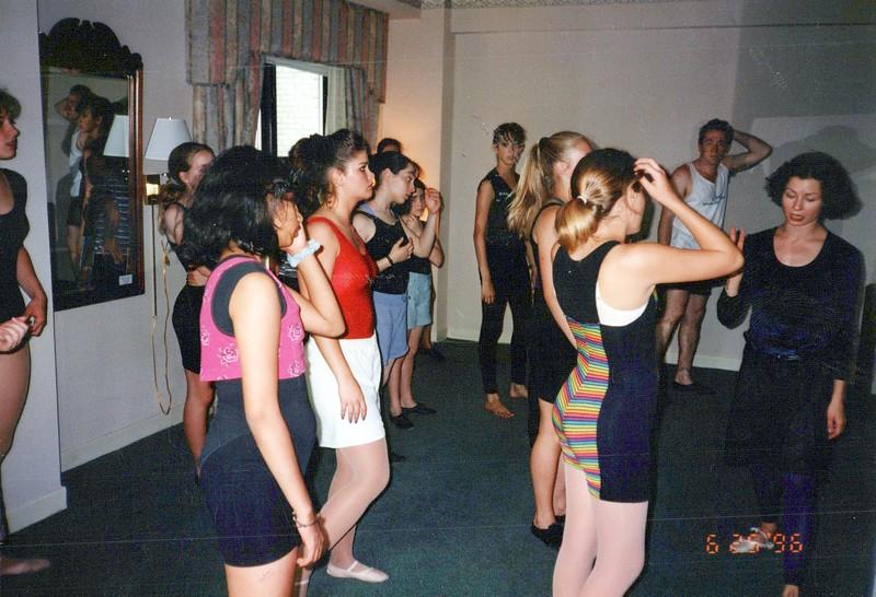 Dance_2267_a.jpg