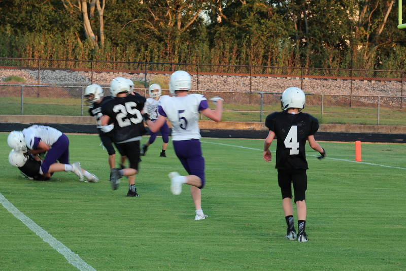 2019 0926 Howe 8th grade vs. Bonham (115).JPG