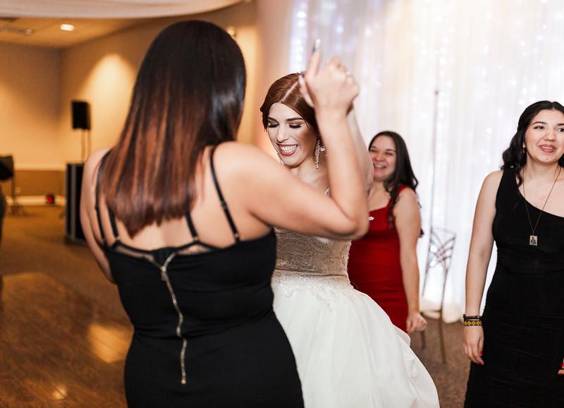 Alexandria Vail Photography Wedgewood Fresno Wedding Alexis   Dezmen819.jpg