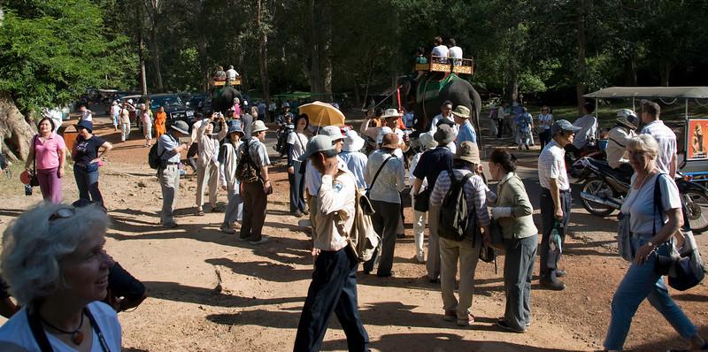 Crowds near gate to Angkor Thom