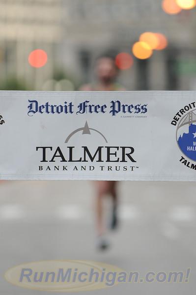 Featured #1 - 2015 Detroit Marathon