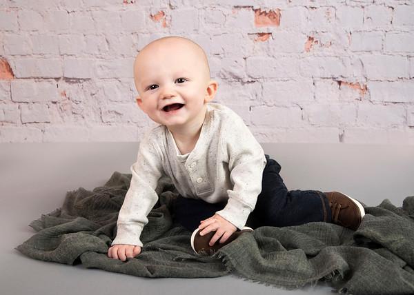 Hayden 9 Months + Holden 2020