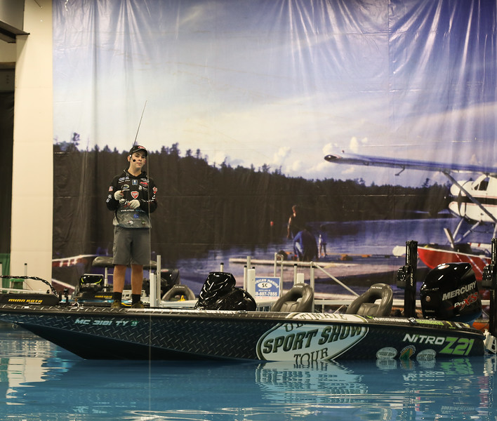 Ultimate Fishing Show 2018-1.jpg