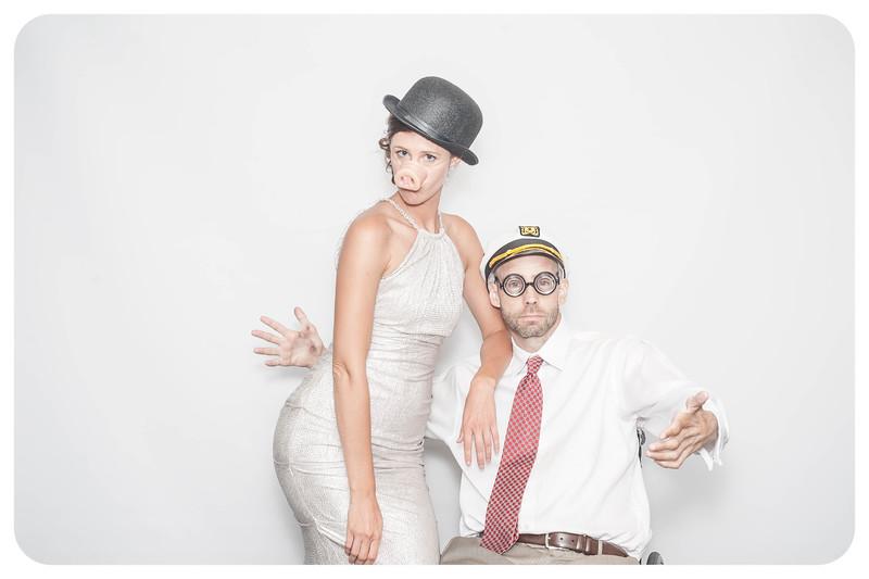 Laura+Ross-Wedding-Photobooth-129.jpg