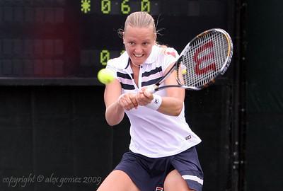 Tennis WTA Featured Player: Agnes Szavay