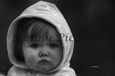 Sara  (1) Black and white