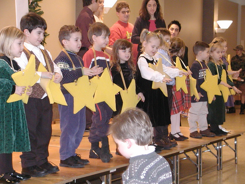 2002-12-21-HT-Christmas-Pageant_109.jpg