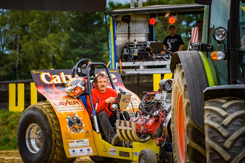 Tractor Pulling 2015-02311.jpg