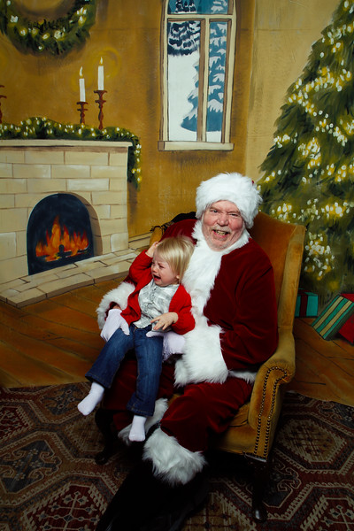 Pictures with Santa Earthbound 12.2.2017-069.jpg