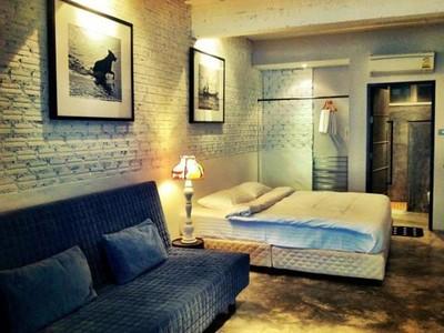 Koh Samet Hotel Box